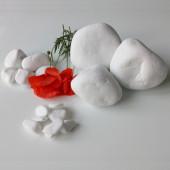 Galets de marbre blanc